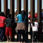 Demócratas urgen a Trump a cumplir plazo de reunificación de niños migrantes