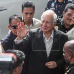 Ex primer ministro malasio es acusado de abuso de poder en caso de corrupción