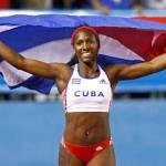 Cubana Silva le arrebata a la venezolana Peinado el oro del salto con pértiga