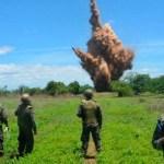 Soldados hondureños destruyen una pista clandestina usada para narcotráfico