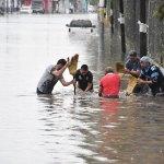 Distribuyen apoyos del Fonden por lluvias