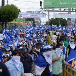 """Al menos 4 heridos en marcha contra Ortega y por libertad de """"reos políticos"""""""