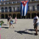 Cuba descarta su objetivo de 5 millones turistas este año y culpa al embargo