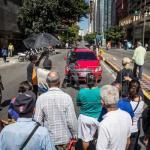 Pensionados reclaman pago en efectivo tras confusión por anuncio de Maduro