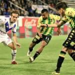 Aldosivi pierde ante Vélez y se aleja del líder Racing Club