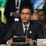 Presidente de Perú acepta renuncia a ministro de Interior tras fuga de exjuez