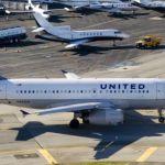 Un avión de United Airlines aterriza de emergencia en Sídney