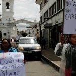 Bolivia vive un día de la democracia a favor y en contra de Evo Morales