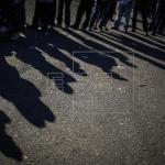 Fuerzas federales mexicanas cercan albergue de migrantes tras disturbios