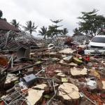 Elevan a 281 los muertos y 1.016 los heridos por un tsunami en Indonesia