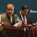 Condenan a 7 años de prisión al ex primer ministro paquistaní Nawaz Sharif