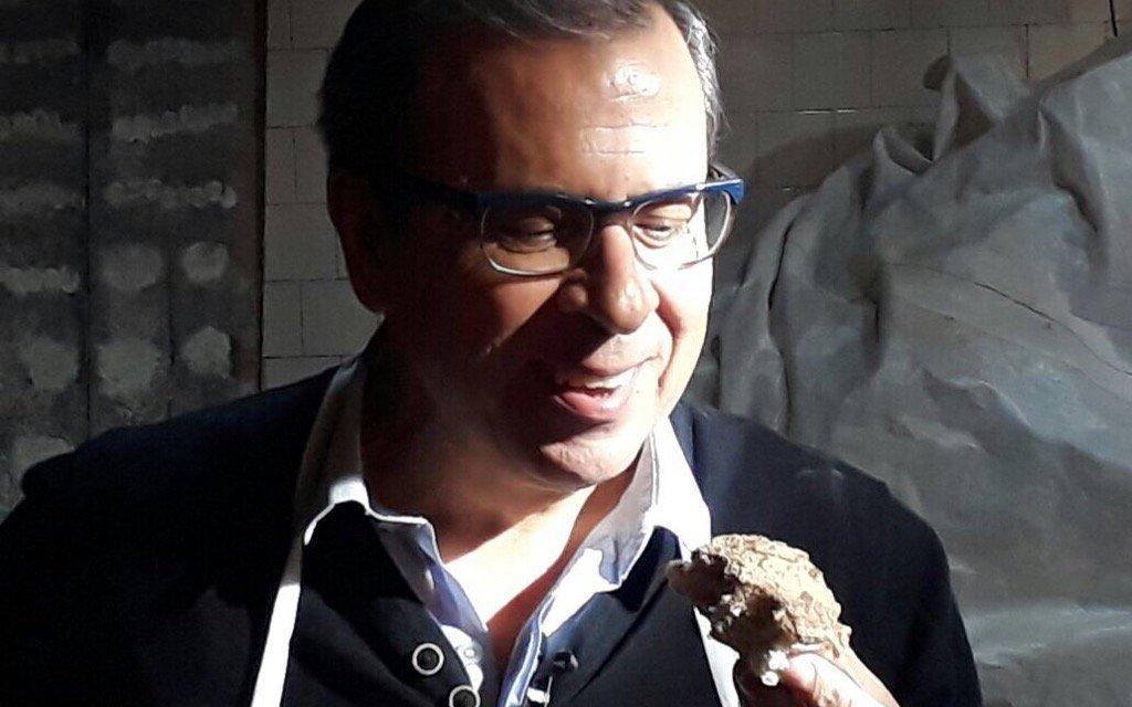 Pronta a Celebrarse la 2ª Edición de La Fiesta de las Tortitas Negras Lavallenses, el Conductor del Programa EN EL CAMINO, Sr. Mario Markic, nos envió estas emotivas palabras y queríamos compartir con todos ustedes. Gracias —————–