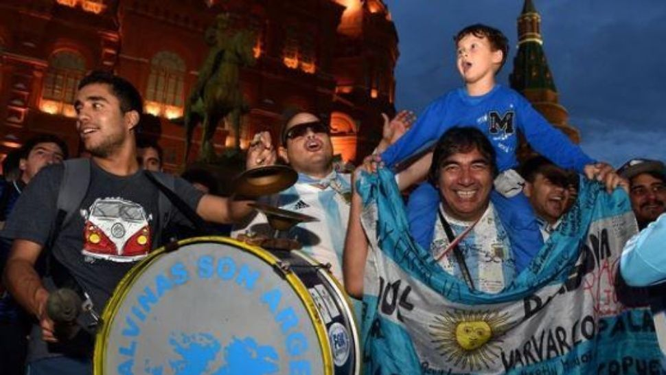 Los argentinos «coparon» Rusia con aliento y nuevos hits