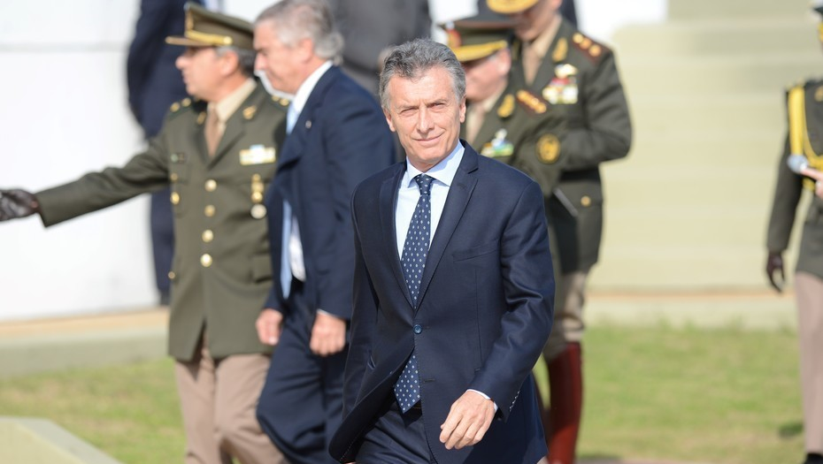 El envío de mil militares a las fronteras  Preocupado por la conflictividad social, el Gobierno apura el redespliegue de militares y gendarmes