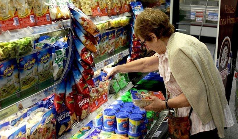 Cadenas de supermercados ofrecerán alimentos de la canasta básica sin IVA