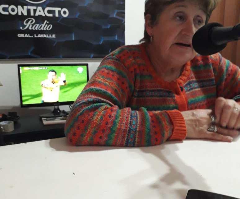 NANY QUIROGA, VISITO LOS ESTUDIOS DE CONTACTO RADIO 94.9 FM Y NOS CONTO DEL LIBRO QUE SI DIOS QUIERE ESTARÁN PRESENTANDO CON HISTORIA LAVALLENSES