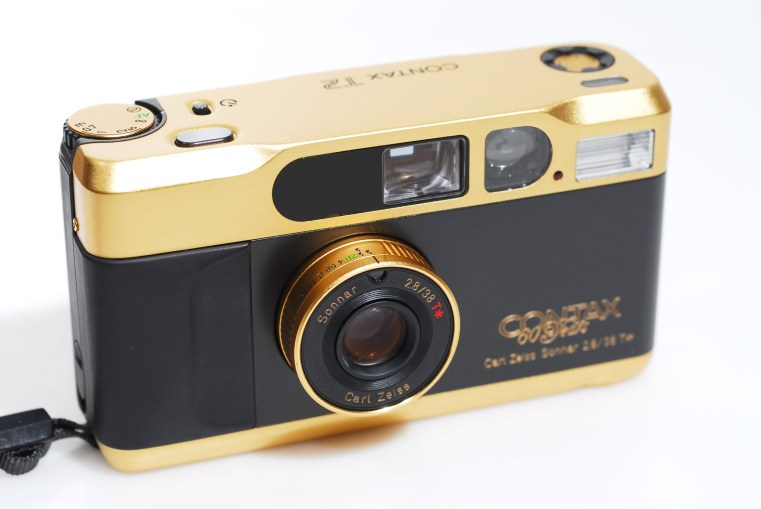 CONTAX-T2_gold_1