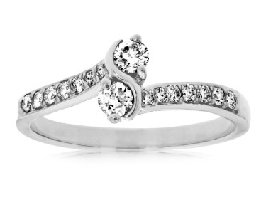 14 KT WHITE GOLD FANCY RING WITH ROUND DIAMONDS-WC7672D