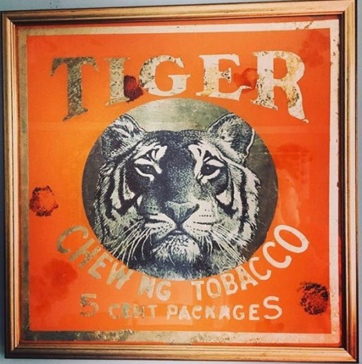 tiger glass India tobacco mirror