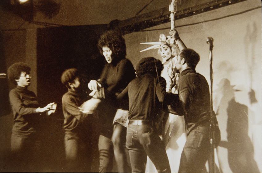 Bodacious Buggerrilla performance, Los Angeles (1970). Performers: Tendai Crutchfield, Alice Cooper, Larry Brussard, Cliff Porter. Image courtesy of Ed Bereal.