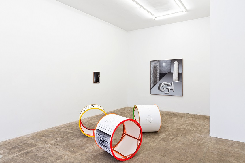 Hollowforms at CES Gallery (installation view) (2016). Image courtesy of the artists and CES Gallery.