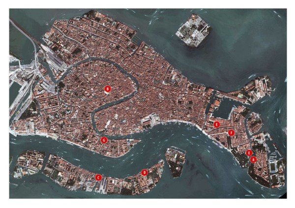 Map of Venice. Galleries and venues with Polish art are marked with red dots, photo Lynx
