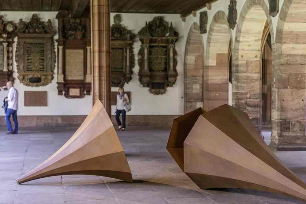 Alicja Kwade | 'Der Tag ohne Gestern l - lll', 2014-2015 Parcours in Basel 2015 © Art Basel