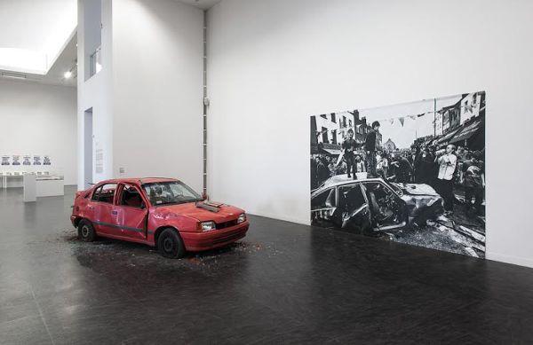 Gustav Metzger, Kill the Cars, Camden Town, London 1996, 1996 / 2011, © 2010 Gustav Metzger, photo Wojciech Olech, courtesy of CoCA Toruń