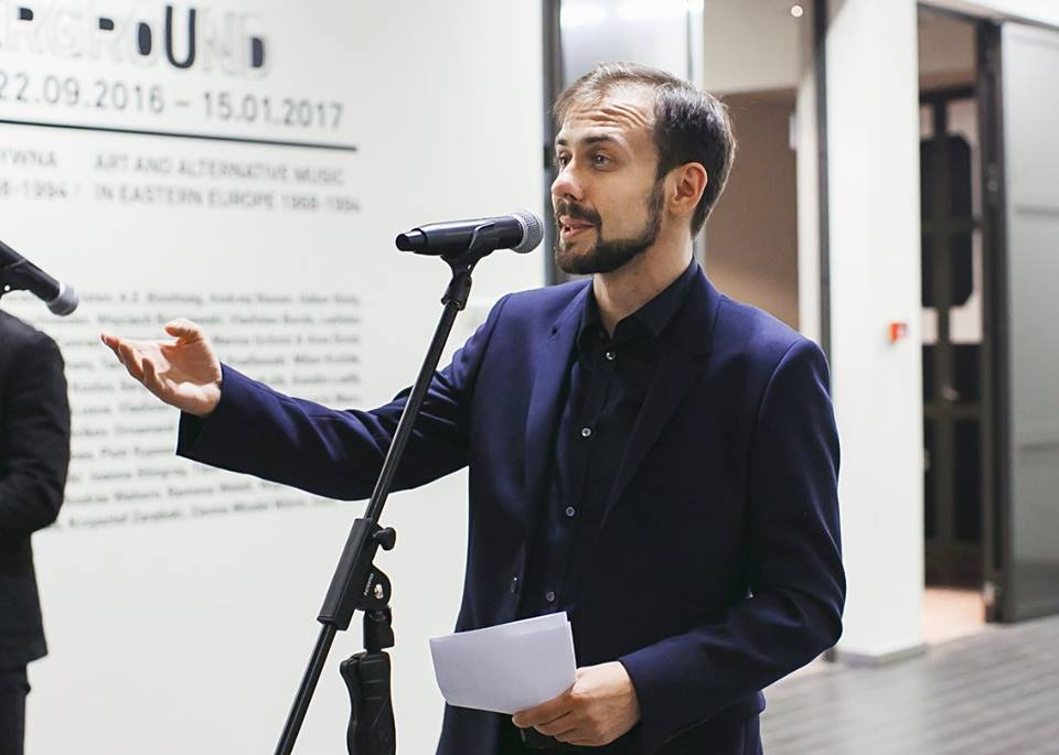 Daniel Muzyczuk, curator of the exhibition 'Notes from the Underground', photo A. Tarska - Pietrzak, courtey of the ms2 Łódź, 2016