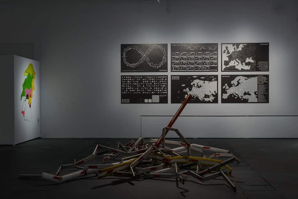 Hubert Czerepok, PL NONEU, installation, 2017, exhibition view Attention! Border in the labirynth Gallery in Lublin