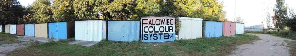 """Falowiec Colour System"", Karolina Szejnoch, Kamila Szejnoch's project ""Falowiec Colour System"" realised as part of her residence at the Łaźnia 2013, photo: Piotr Grdeń"