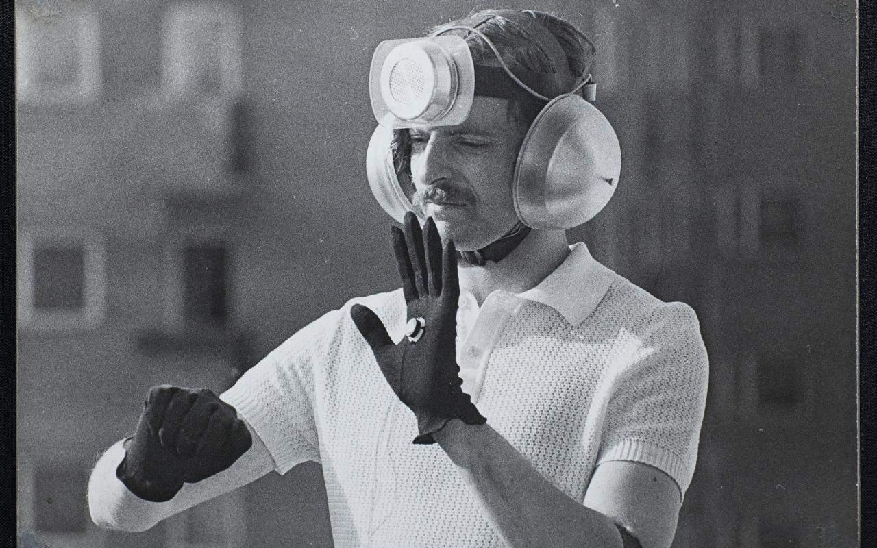 Through the Soundproof Curtain. The Polish Radio Experimental Studio exhibition