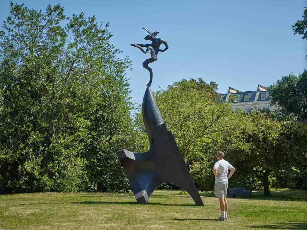 Barry Flanagan, Large Nijinski on Anvil Point (2001), Waddington Custot, Frieze Sculpture 2018