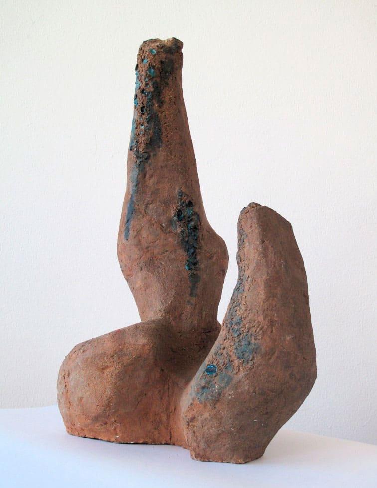 Magdalena Więcek, Nature / Collisions, 1958, ceramic, 57 x 36 x 24 cm, courtesy of Magdalena Więcek Estate