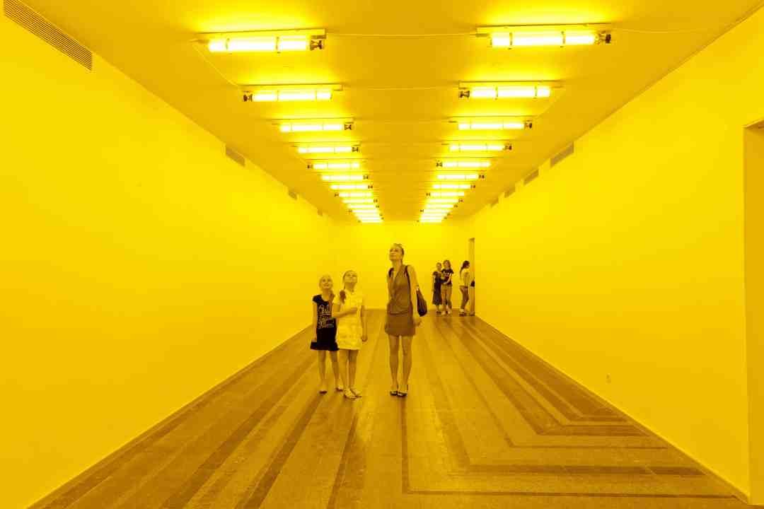 Olafur Eliasson, Room for one colour, 1997, Monofrequency lamps, Dimensions variable, Installation view at PinchukArtCentre, Kiev, 2011, Photo: Dmitry Baranov, Courtesy of the artist; neugerriemschneider, Berlin; Tanya Bonakdar Gallery, New York / Los Angeles, © 1997 Olafur Eliasson