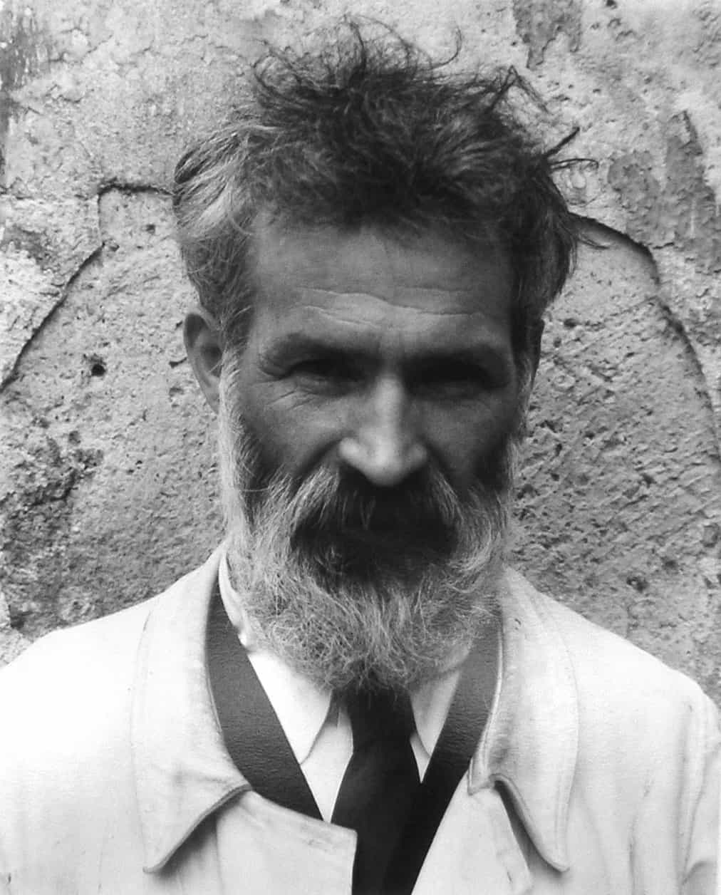 Constantin Brâncuși, Photograph taken by Edward Steichen in 1922