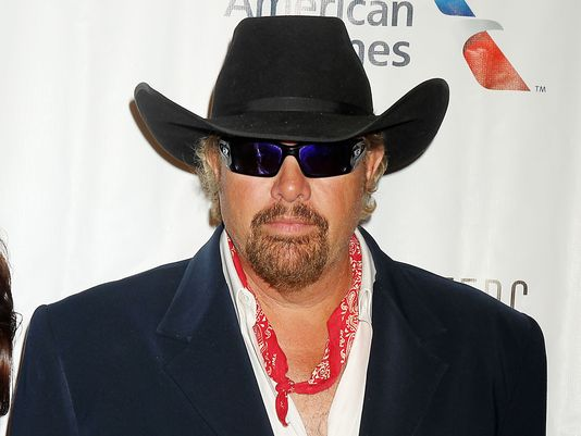 While Stars Like Tom Hanks And Mark Ruffalo Support Bernie And Hillary, Jeb! Has Toby Keith