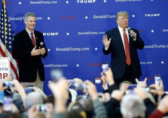 Coming Off Iowa Loss, Trump To Get Endorsement From Two-Time Senate Loser Scott Brown