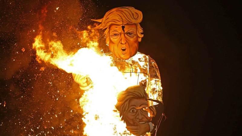 Giant Donald Trump Effigy Burned For British Bonfire Night