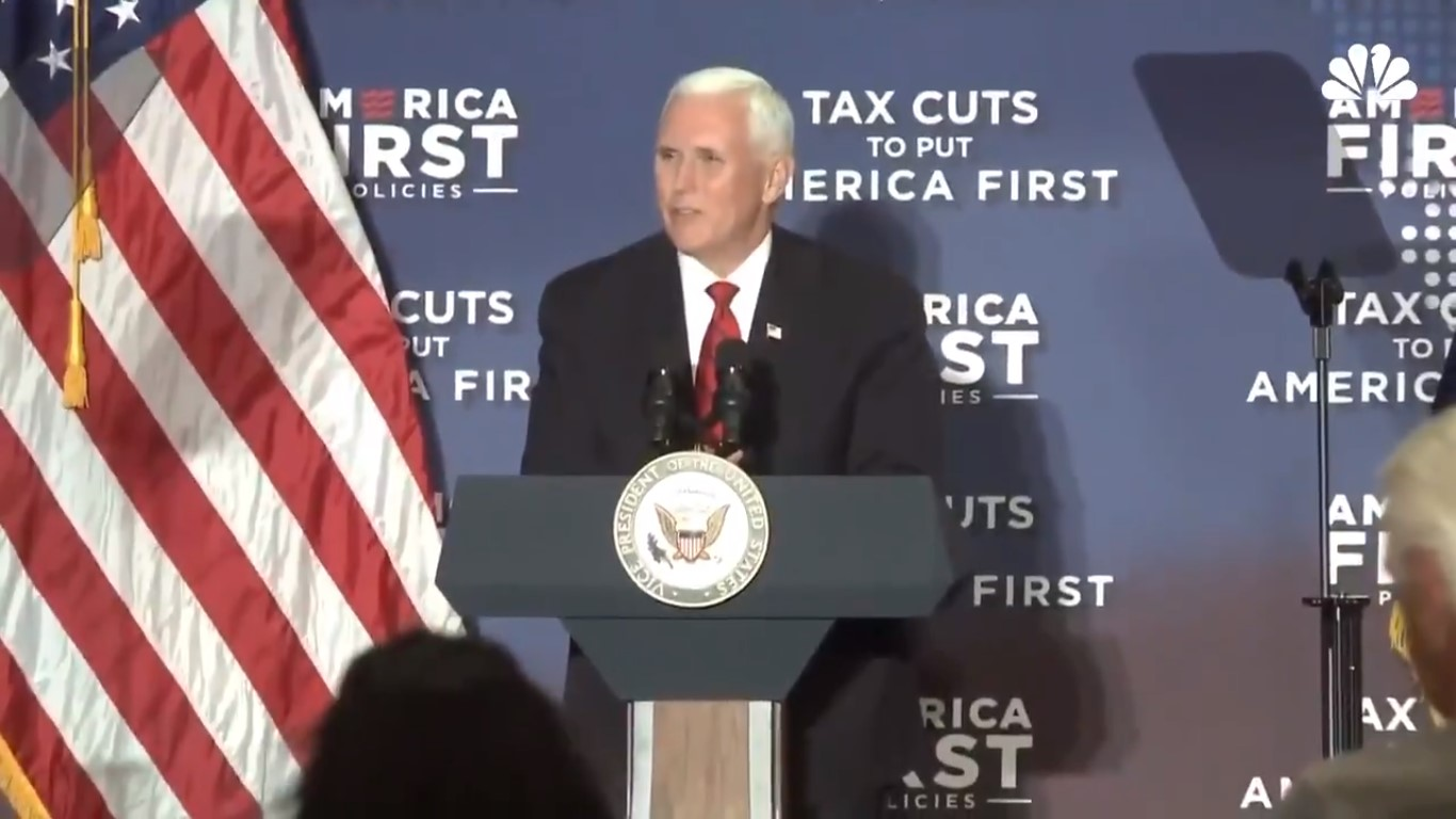 Mike Pence Kisses Up To Joe Arpaio, Calls Him A 'Tireless Champion' Of The 'Rule Of Law'