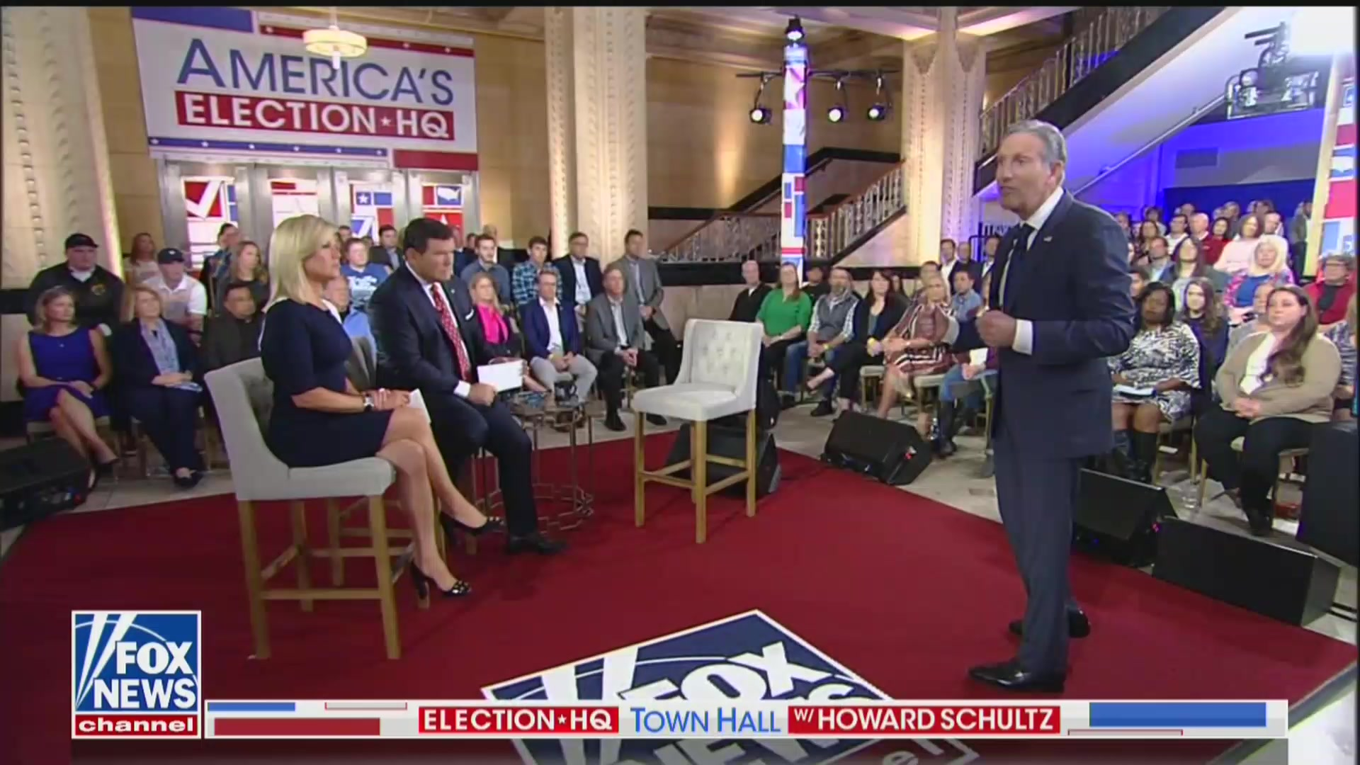 Howard Schultz Brutally Mocked For 'Empty Chair' Moment: 'It Worked So Well For Clint Eastwood'