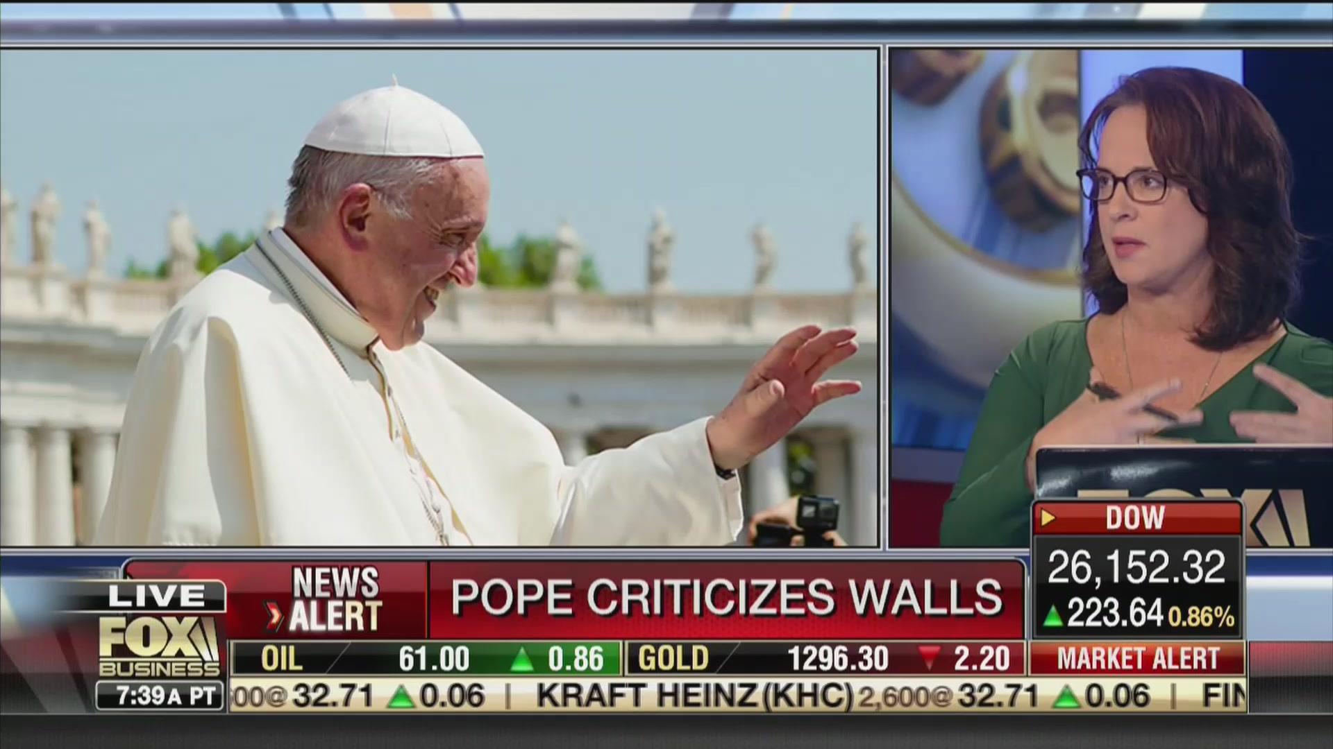Fox Host Elizabeth MacDonald: The Pope Is 'Weak on the Border Wall'