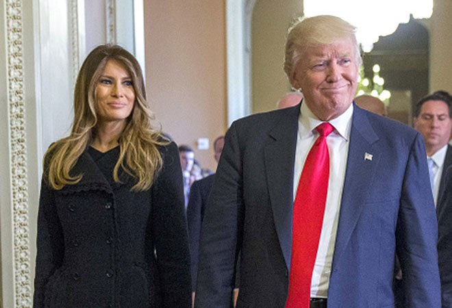 Trump and Melania Register to Vote in Florida