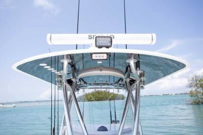hard top simrad radar m series console eisenglass Contender Boats ST  interior