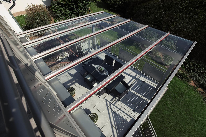 Terrassenueberdachung-Alu-Glas-Sicherheitslas-Terrassenueberdachung-Terrassendach-RAL9006