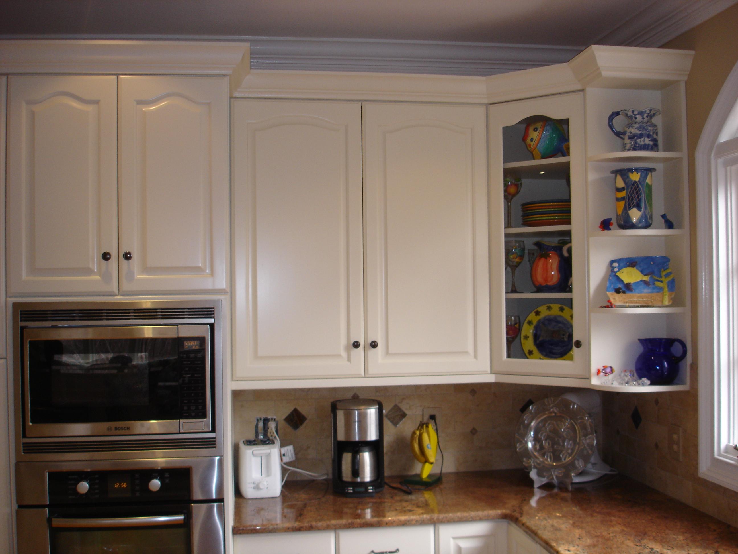 Upper corner cabinet options kitchen for Kitchen cabinet choices