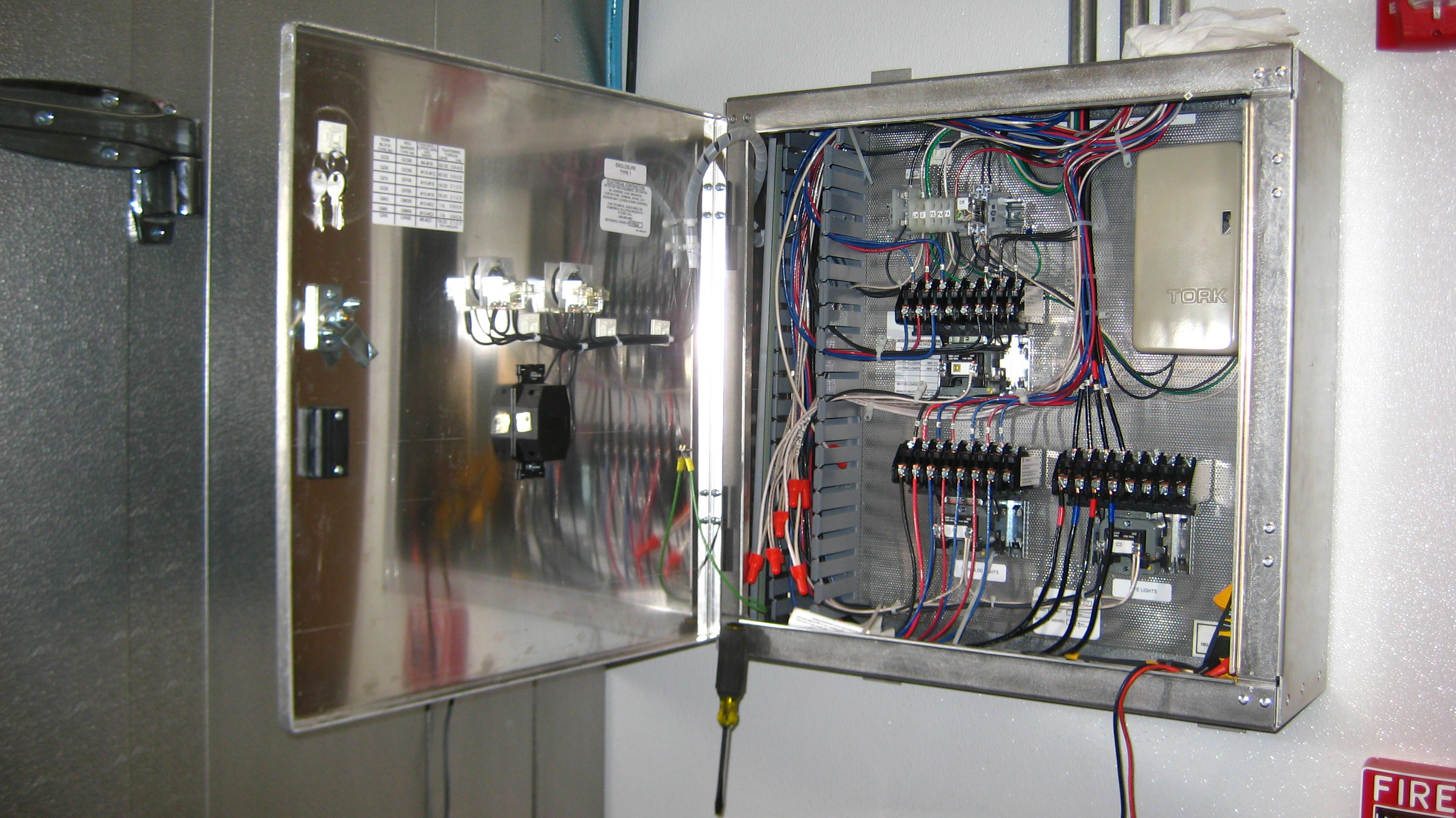 Contactor Wiring Diagram On Light Switch And Outlet Wiring Diagram