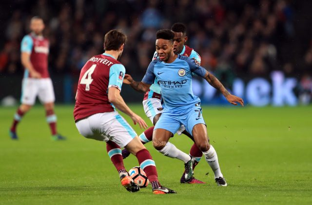 West Ham take on Manchester City
