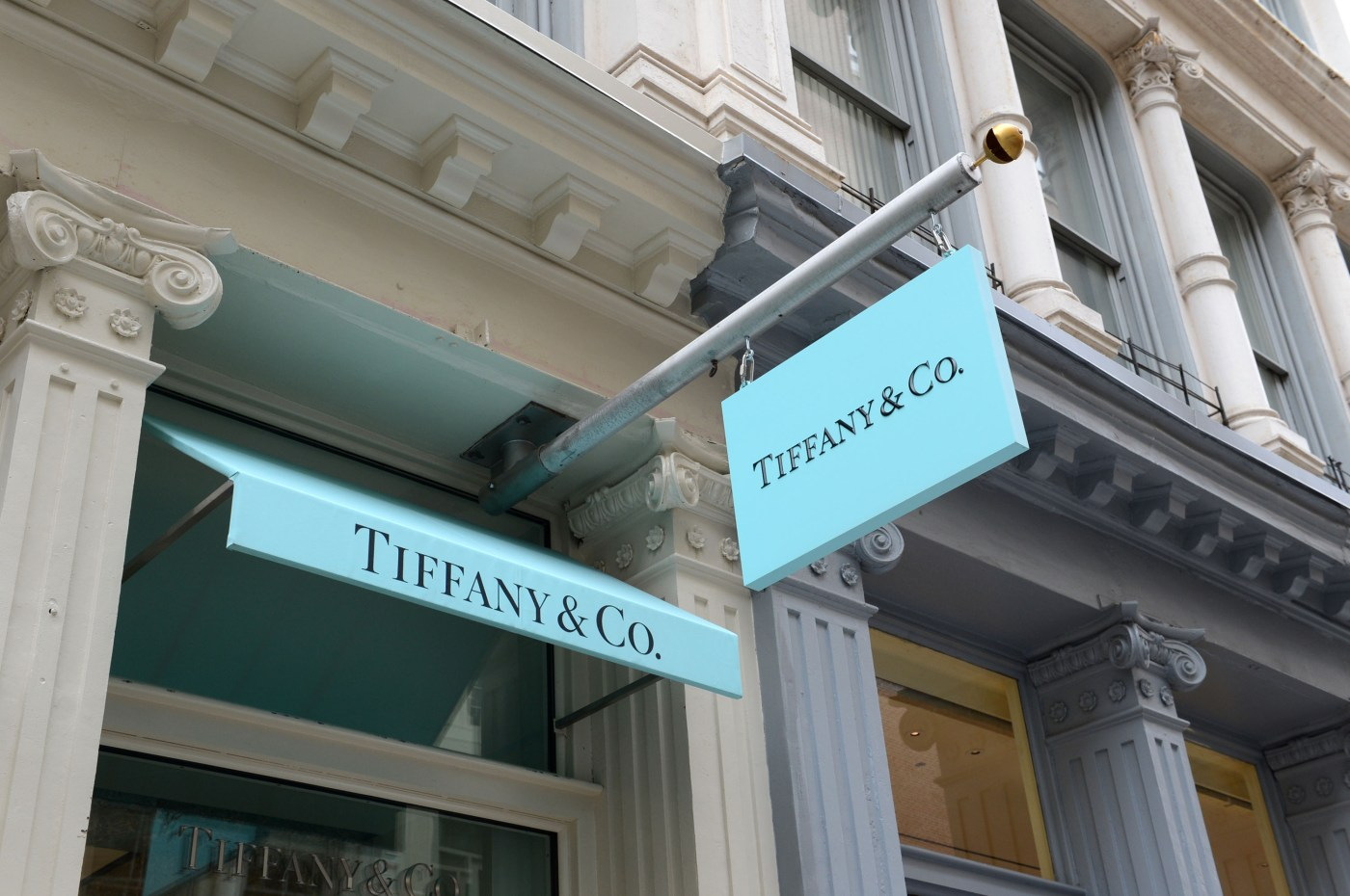 Tiffany launches ad campaign that will also help it fight Costco ...