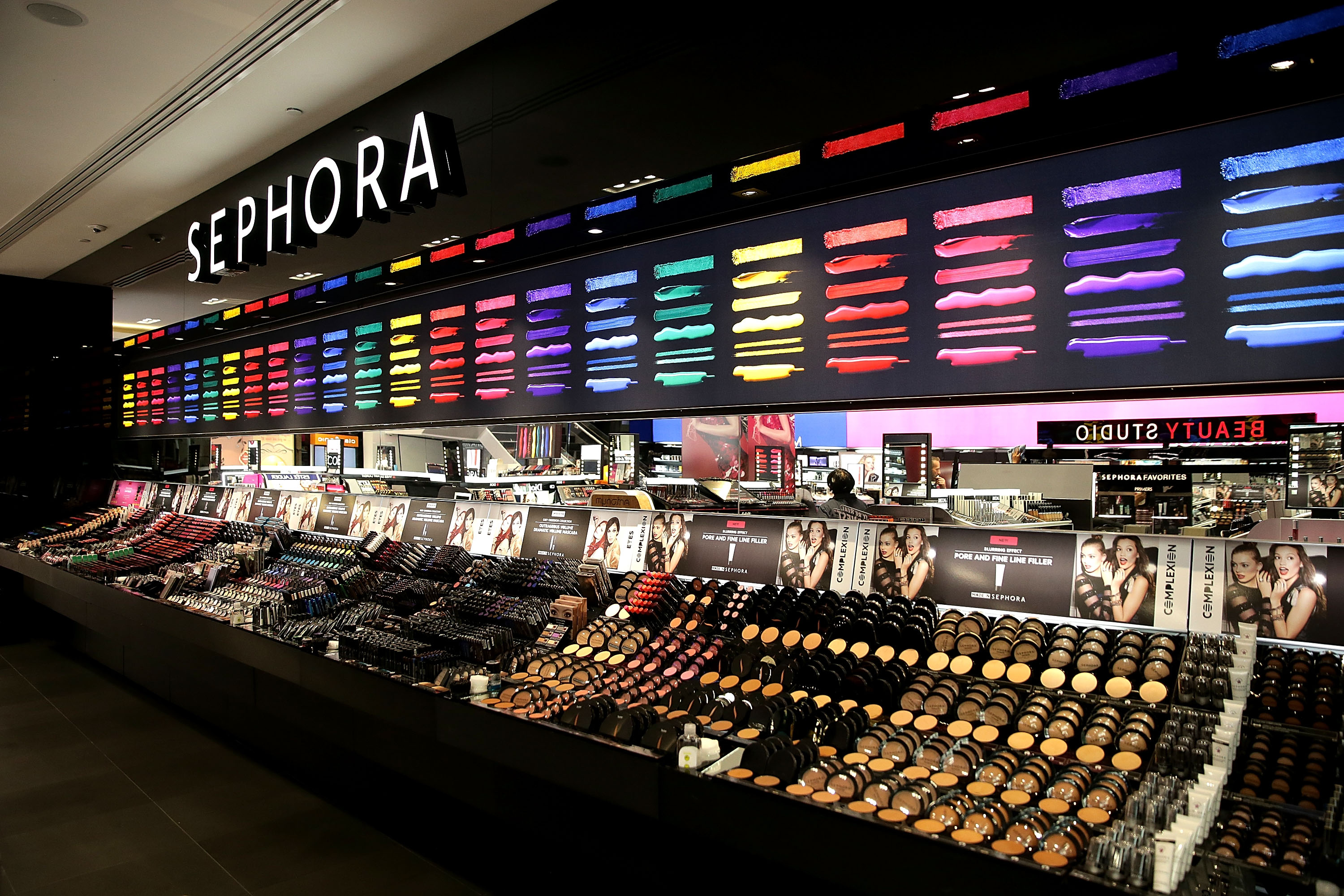 How Sephora Accelerate Is Helping Budding Female